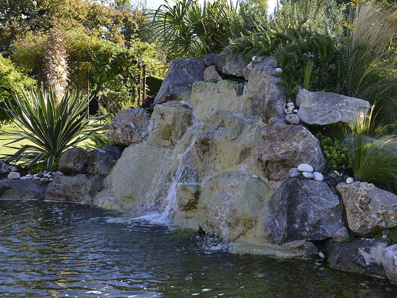 bassin d 39 ornement eclairage de jardin dans le calvados. Black Bedroom Furniture Sets. Home Design Ideas